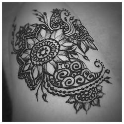 Late night henna
