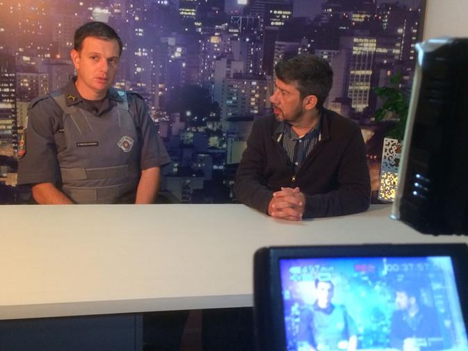 Visita e entrevista do Tenente Craveiro à TV das Artes