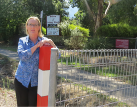 Wesburn Primary School speed limit sign miss out