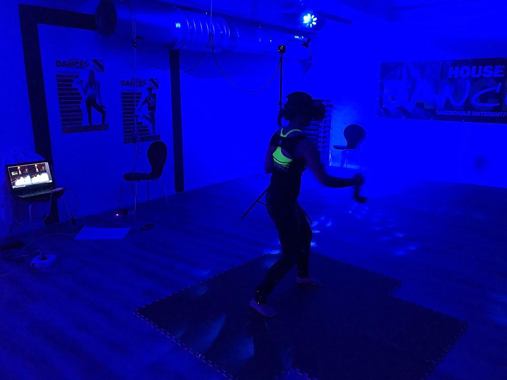 VR Fitness Test Nathalie Meyer bewegt
