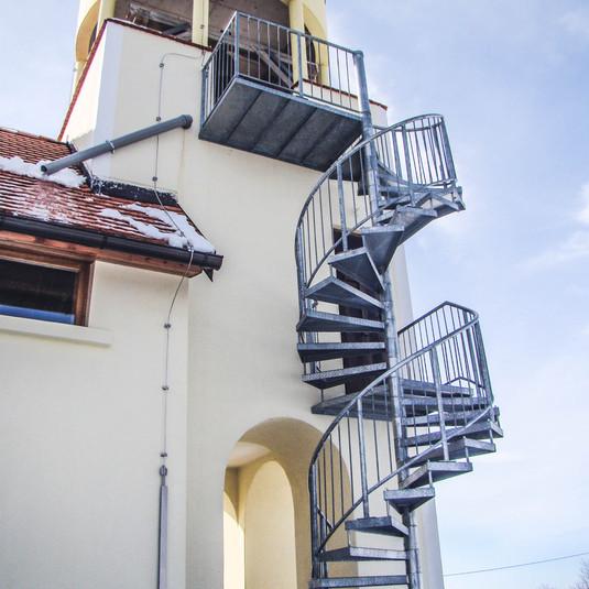 spiralne stopnice polončič