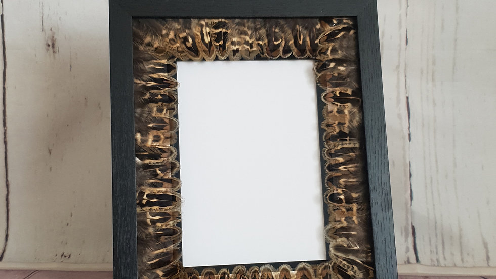 Feather Photoframe - Hen Feather