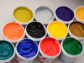 As diferenças entre a tintas à base d'água e Plastisol
