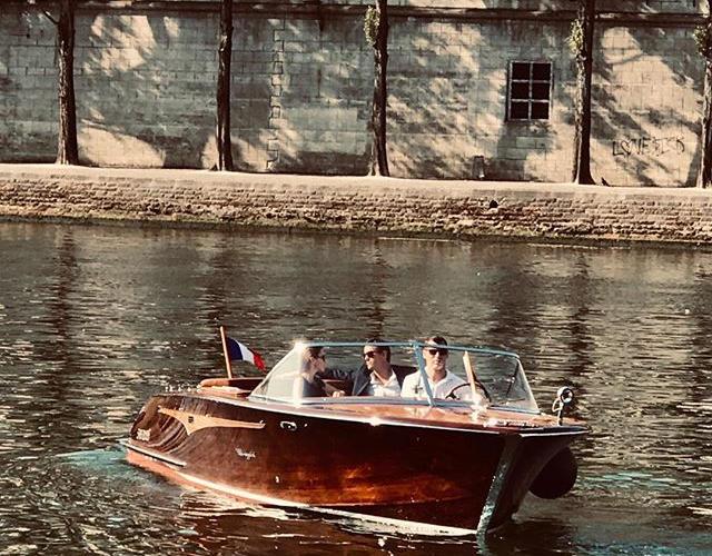 Paris romantic private boat ride