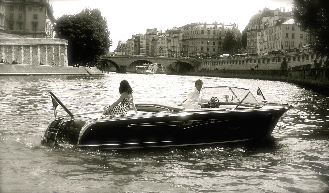 My private boat Paris