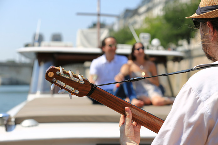 proposal and musicians aboard private luxury motor Yacht Shivas Paris