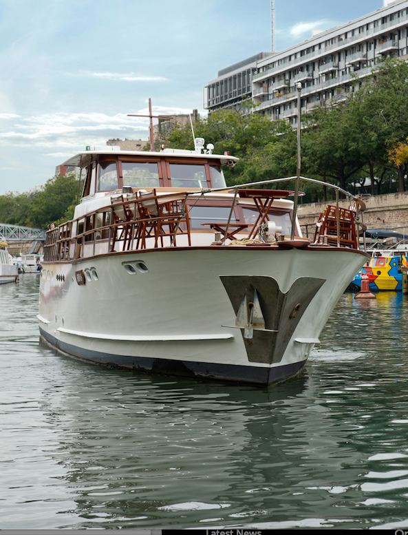 Shivas private luxury motor yacht on the seine