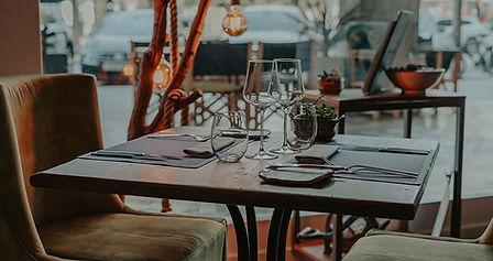 adrian-quetglas-restaurant-19_edited.jpg