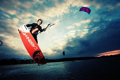 cabrinha-kiteboarding-damien-leroy-tailg