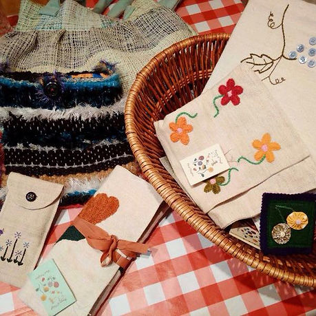 Arts and Crafts.jpg