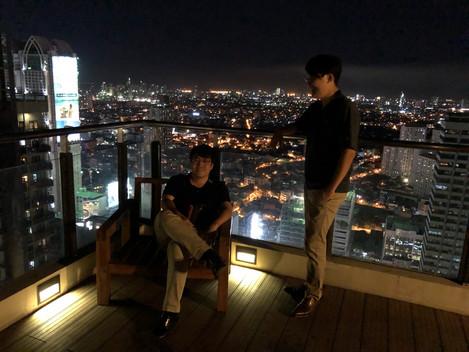 フレアタワー屋上・夜