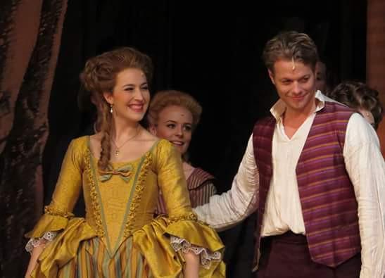 Andreja Zidaric als Maria Anna Miller in Schikaneder