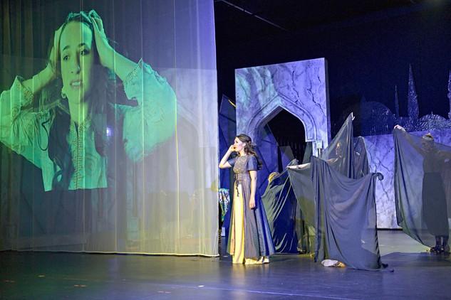 Andreja Zidaric als Kondja Gül in Die Rose von Stambul Foto: Roland Schuller