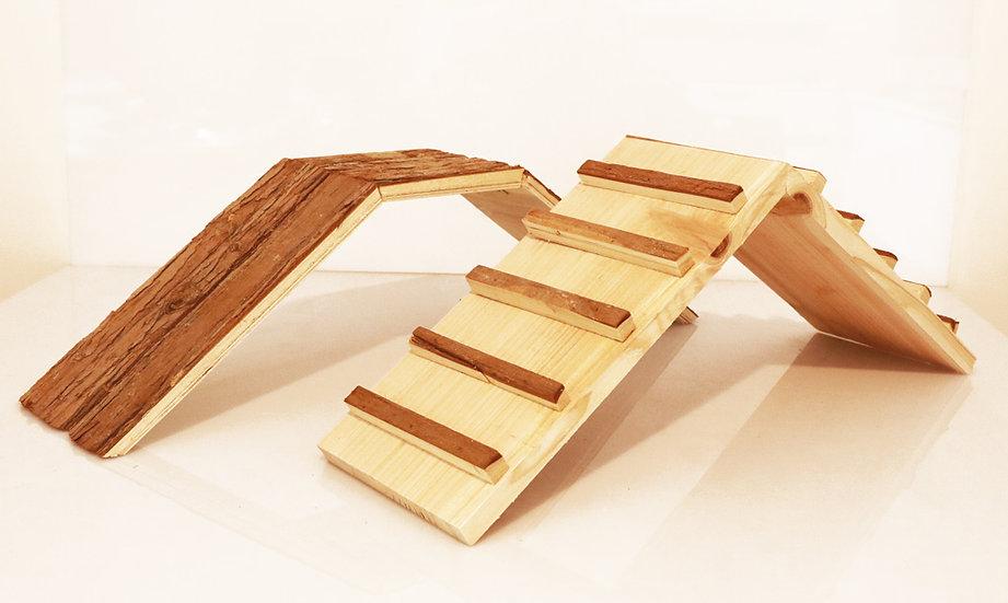 Pont en bois naturel
