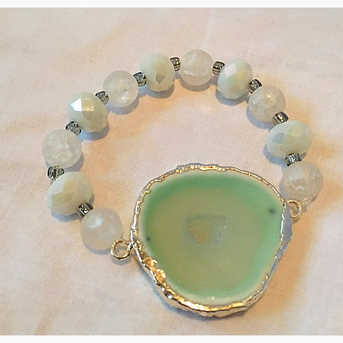 Pale Green Druzy Stone with White Beads Bracelet