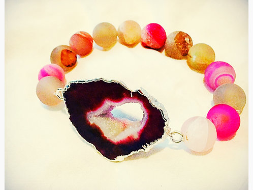 Small Red/PinkDruzy Stone with Agate Beads