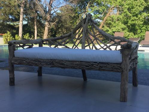 canap en bois flott pour exterieur themaggysworkshop d coration meubles lampe canap. Black Bedroom Furniture Sets. Home Design Ideas