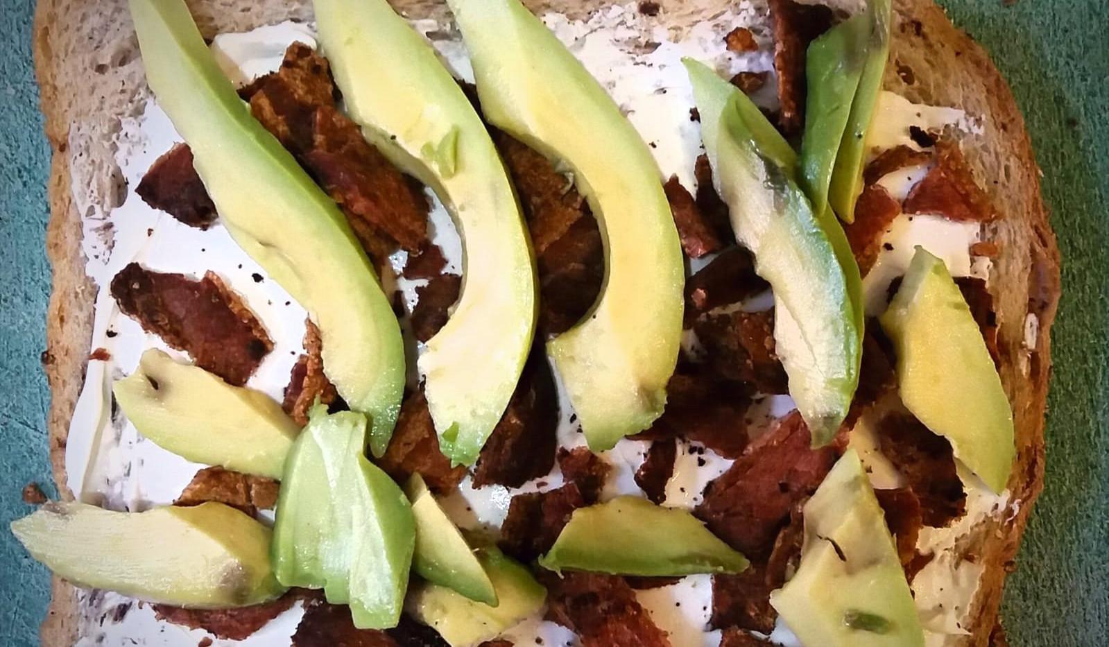 Free Range Chicken,Cold Crispy Bacon & Avocado Open Sandwich