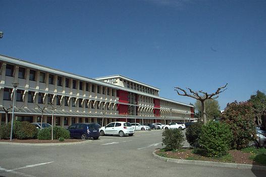 hotel entreprise croix rouge avignon