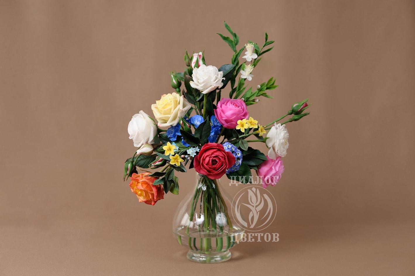 """""""Розы в стеклянной вазе"""""""
