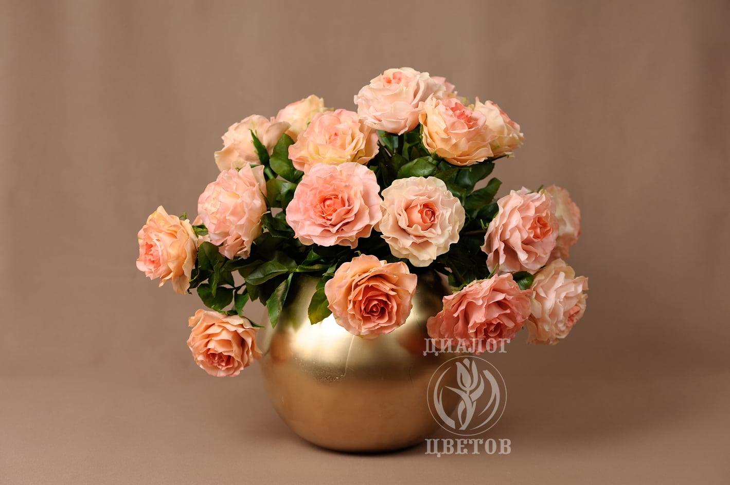 """""""Розы в золоте"""""""