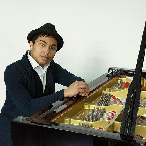 Pianist G.Kasanbesari