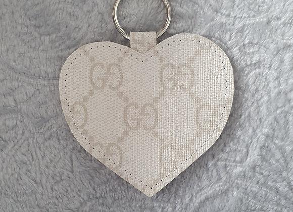 White G Heart Keyring