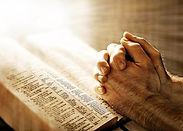 christians-in-pakistan-prayers-676x483.j