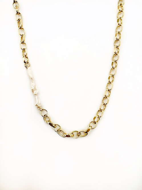 Pearl Chunky Loop Necklace