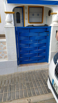 Smaill Blue Woven Ped Gate.jpg