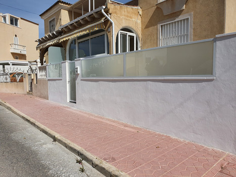Toughened Glass Gate & Wall Panels.jpg