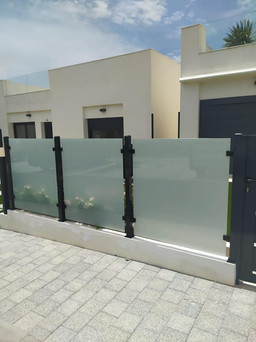 Glass Panels Lo Remero Golf.jpg