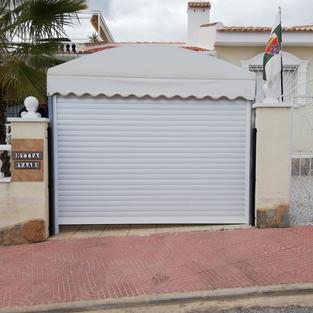 Driveway Pergola Roller Door