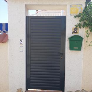 Anthracite Grey Matching Side Gate