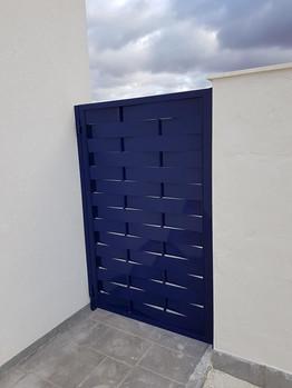 Blue Woven Side Gate