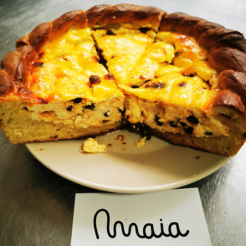 Pască cu brânză, stafide și ciocolată 1.5kg