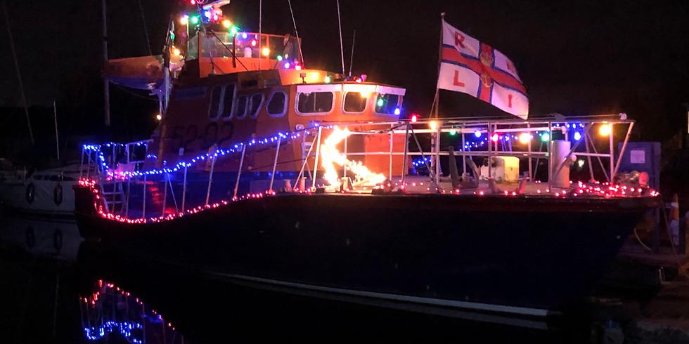 Sir William Arnold : Christmas 2020 at Heybridge Lock