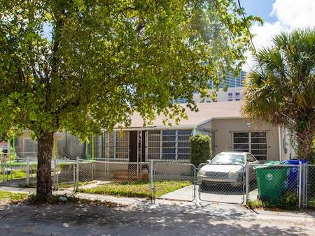 1628 NW 15th ST, Miami, FL 33125