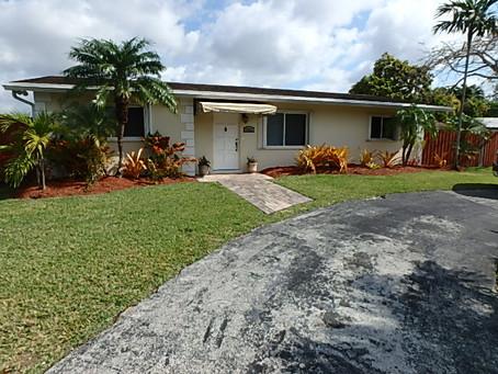9523 SW 79th Ter, Miami, FL 33173