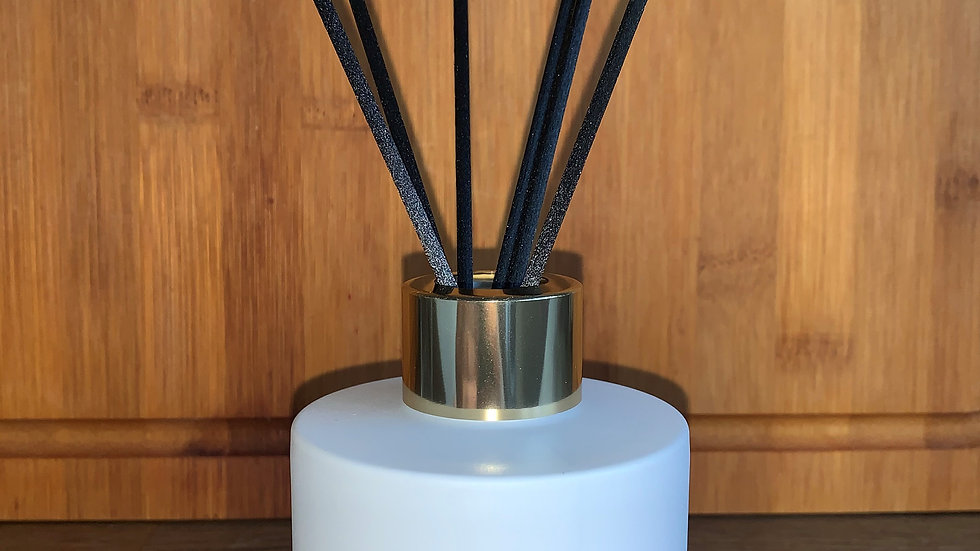 White Reed Diffuser (100ml)