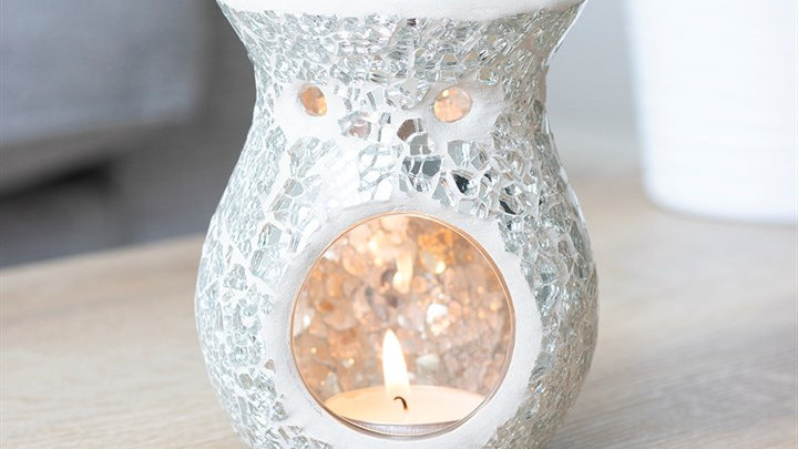 SMALL SILVER CRACKLE GLASS OIL BURNER