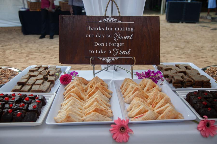 dessert station sign (2)