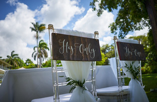 his and hers wooden chair signs
