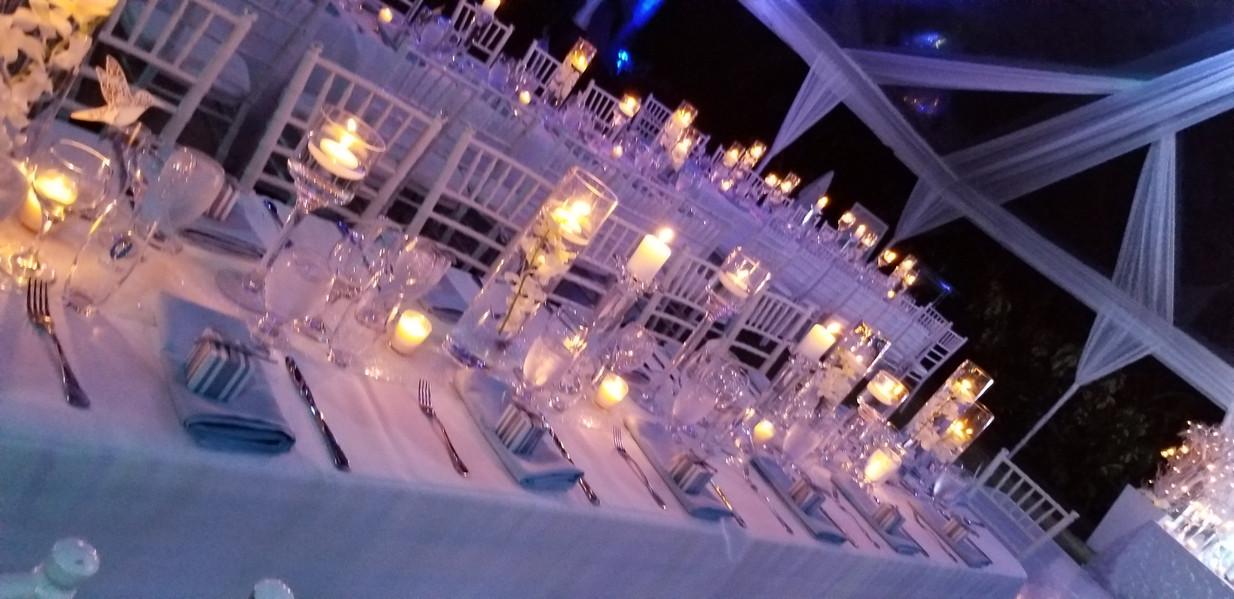 candle long table settings