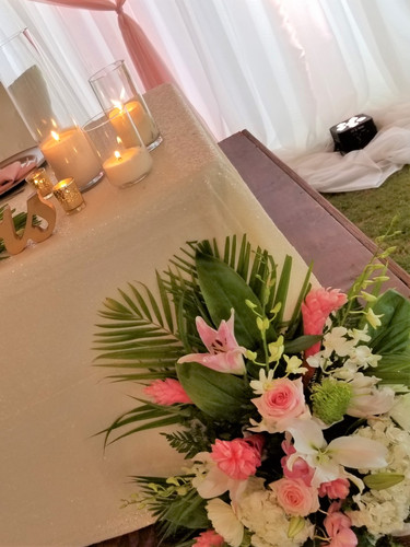 Sweetheart Table Tropical Decor