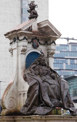 Queen Victoria, Piccadilly Gardens