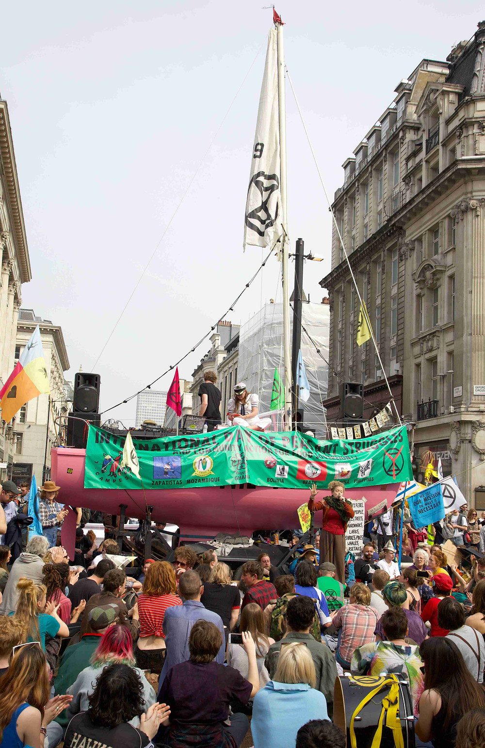 Exctinction Rebellion occupation, Oxford circus
