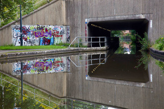 M57 motorway viaduct over the Peak Forest Canal, Hyde