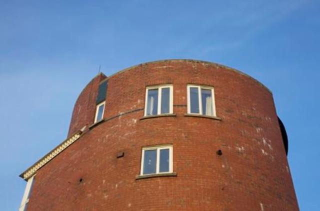 8. New housing in Hulme