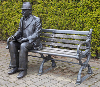 Statue of LS Lowry, Hyde Road, Mottram-in-Longdendale, Tameside